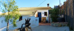 AX974 – Casa del Guarda, country house near Casabermeja