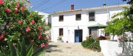 AX984 – Casa La Abubilla, character house in hamlet, near Periana