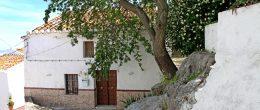 AX988 – Casa del Perdon, village house, Comares