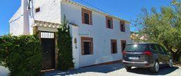 AX1016 – Cortijo La Moletta, country house and apartments, Los Romanes