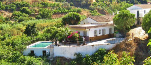 AX1015 – Casa La Paz, country house near Benamargosa