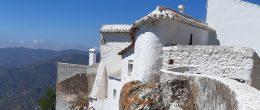 AX1025 – Casa Castillo, village house with patio garden, Comares