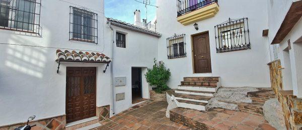 AX1038 – Casa Verdiales – Village house, Comares