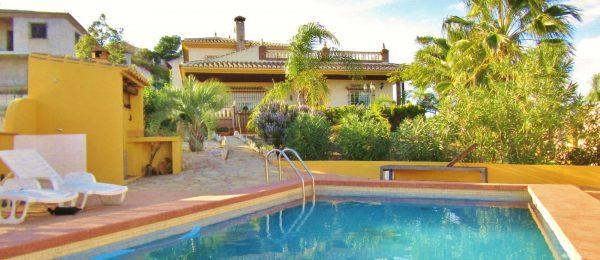 AX1039 – Casa Ana, top quality detached home, Los Romanes
