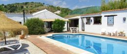 AX1050 – Cortijo Manolo, Country house, near Comares