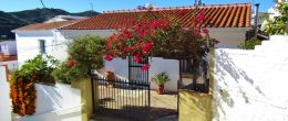 AX1045 – Casa Karibu, village house with garden, Triana, Velez-Malaga