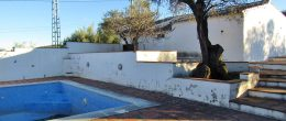 AX1047 – Casitas Gemelas, 2 country houses with land, near Comares