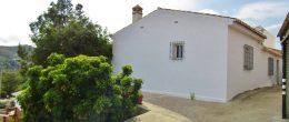 AX1080 – Casa Galejo, village house with garden, Triana, Velez-Malaga