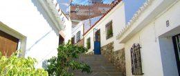 AX1086 – Casa de la Travesía, historic village house, Velez-Malaga