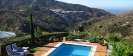 AX1067 – Finca Almendra, country home with holiday let unit – Sayalonga