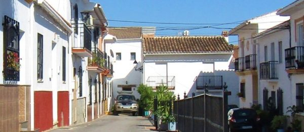 AX1094 – Casa La Cuadra, rustic style village house with 2 patios and roof terrace