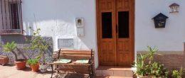 AX1101 – Casa del Arroyo, rustic village house, Triana